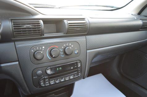 2005 Dodge Stratus Sdn SXT in Alexandria, Minnesota