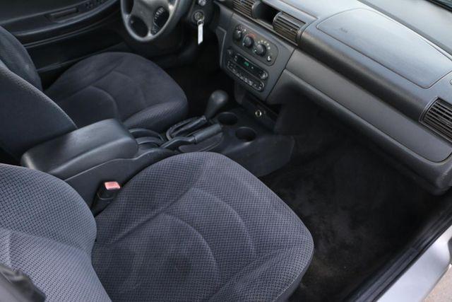 2005 Dodge Stratus Sdn SXT Santa Clarita, CA 9