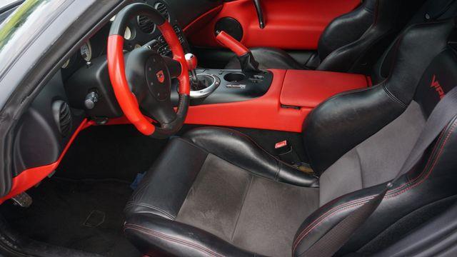 2005 Dodge Viper SRT10 MAMBA EDITION Valley Park, Missouri 11