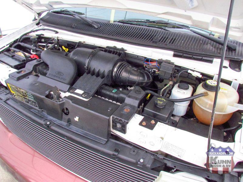 2005 Dynamax Isata 250  in Sherwood, Ohio