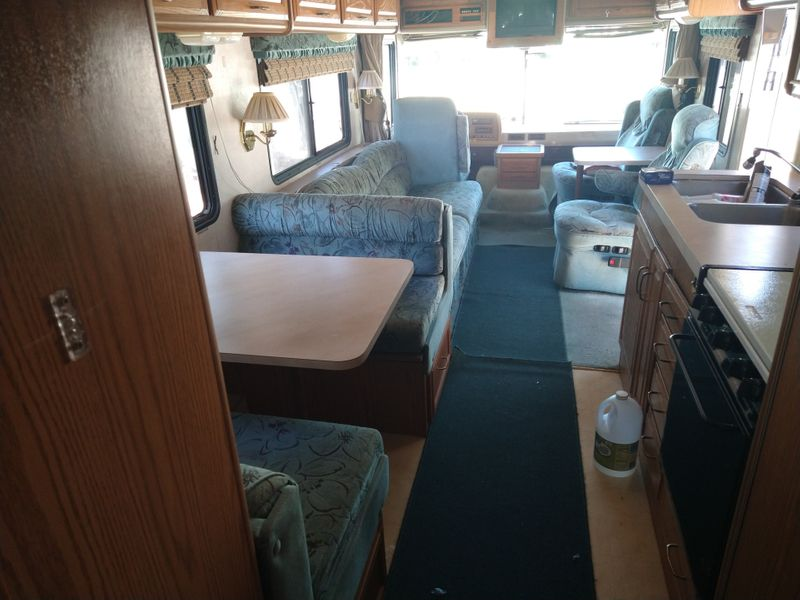 1995 Fleetwood Bounder THIS IS A HANDYMAN SPECIAL  city FL  Manatee RV  in Palmetto, FL