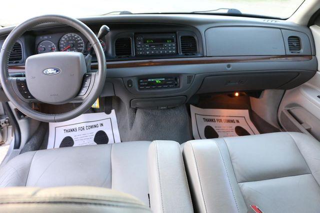 2005 Ford Crown Victoria LX Santa Clarita, CA 7