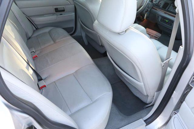 2005 Ford Crown Victoria LX Santa Clarita, CA 16