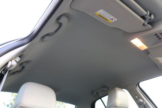 2005 Ford Crown Victoria LX Santa Clarita, CA 21