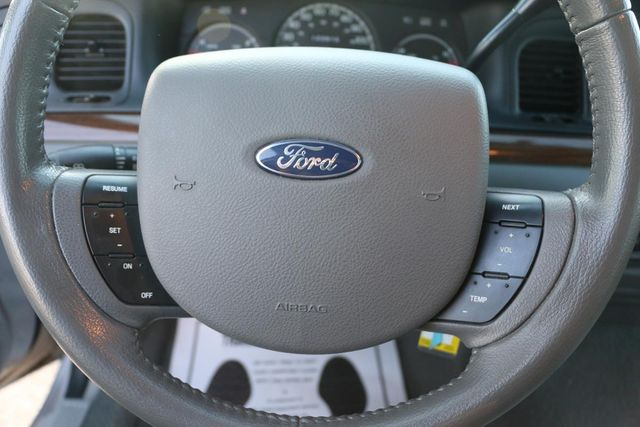 2005 Ford Crown Victoria LX Santa Clarita, CA 22