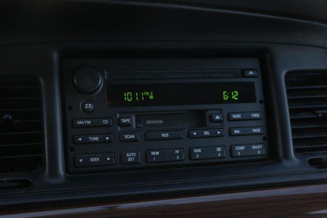 2005 Ford Crown Victoria LX Santa Clarita, CA 19