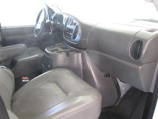 2005 Ford Econoline Cargo Van Gardena, California 7