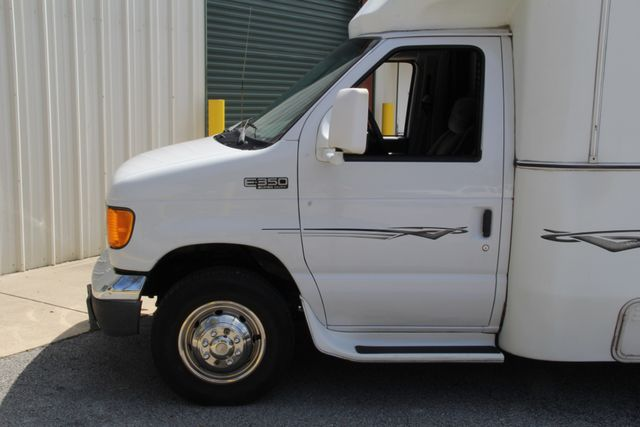 2005 Ford Econoline Commercial Cutaway Jacksonville , FL 6