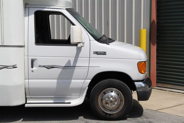 2005 Ford Econoline Commercial Cutaway Jacksonville , FL 9