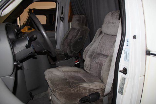 2005 Ford Econoline Commercial Cutaway Jacksonville , FL 35