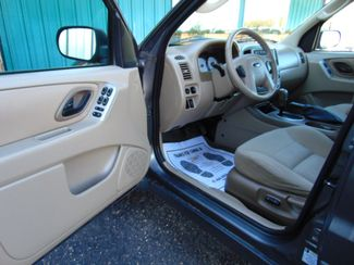 2005 Ford Escape XLT AWD Alexandria, Minnesota 9