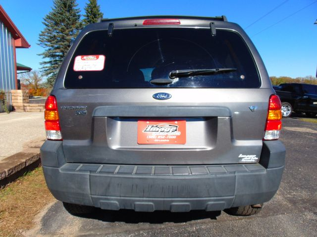 2005 Ford Escape XLT AWD Alexandria, Minnesota 23