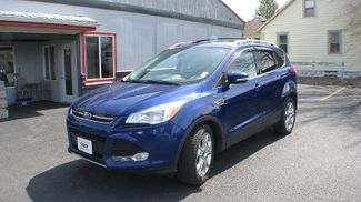 2005 Ford Escape 4d SUV 4WD XLT in Coal Valley, IL 61240