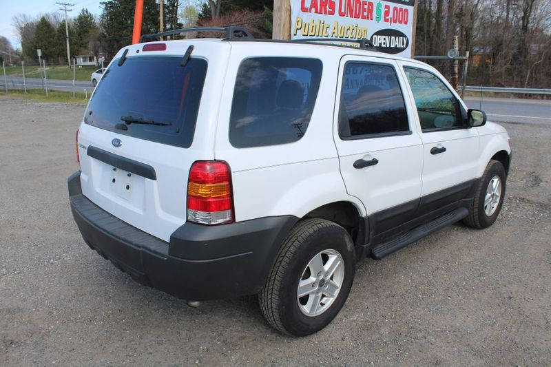 2005 Ford Escape XLS  city MD  South County Public Auto Auction  in Harwood, MD