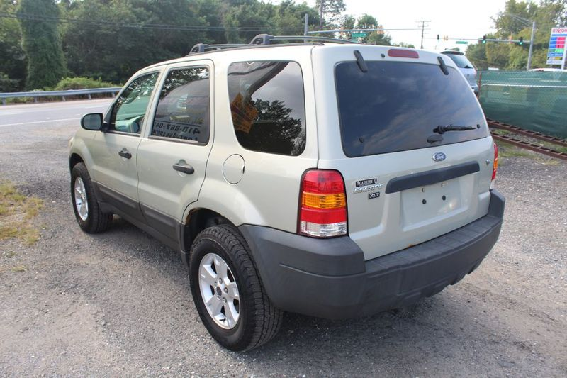 2005 Ford Escape XLT  city MD  South County Public Auto Auction  in Harwood, MD