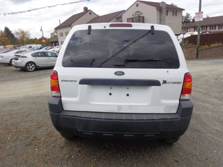 2005 Ford Escape Hybrid Hoosick Falls, New York 3