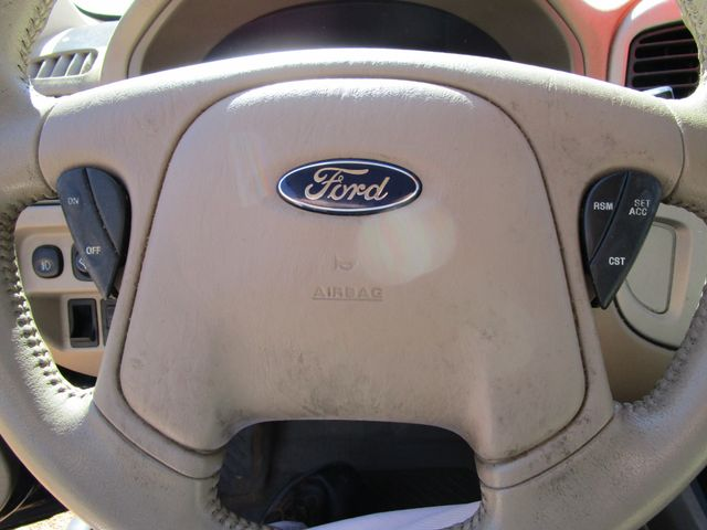 2005 Ford Escape Limited Houston, Mississippi 13