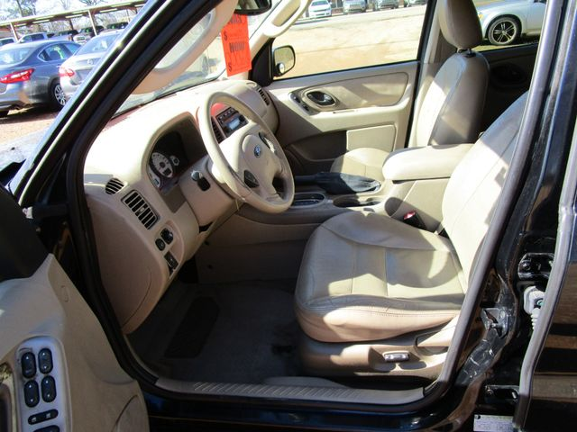 2005 Ford Escape Limited Houston, Mississippi 8