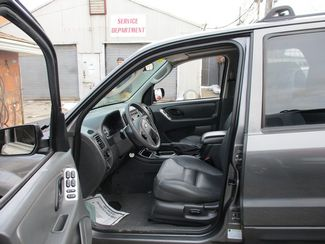2005 Ford Escape XLT Jamaica, New York 7