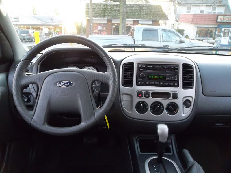 2005 Ford Escape XLT  city New  Father  Son Auto Corp   in Lynbrook, New