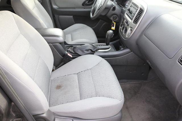 2005 Ford Escape XLT Santa Clarita, CA 14
