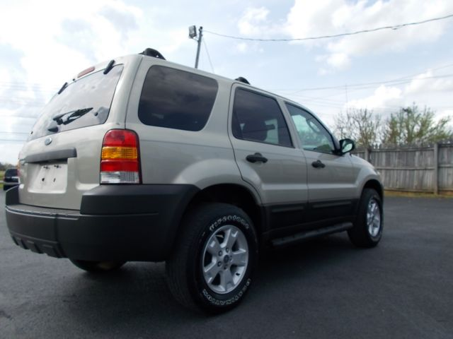 2005 Ford Escape XLT Shelbyville, TN 11