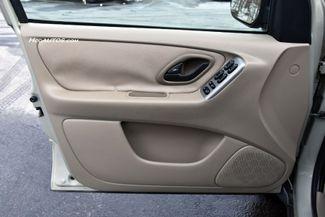 2005 Ford Escape 4dr 3.0L XLT 4WD Waterbury, Connecticut 22