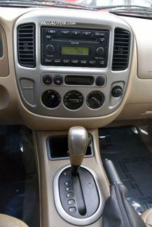 2005 Ford Escape 4dr 3.0L XLT 4WD Waterbury, Connecticut 23