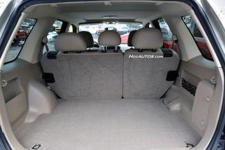 2005 Ford Escape 4dr 3.0L XLT 4WD Waterbury, Connecticut 9