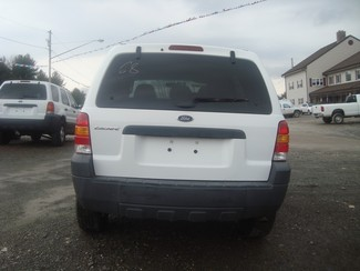 2005 Ford *Escape XLS* Hoosick Falls, New York 3