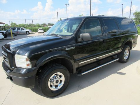 2005 Ford Excursion Limited 4WD Diesel | Houston, TX | American Auto Centers in Houston, TX