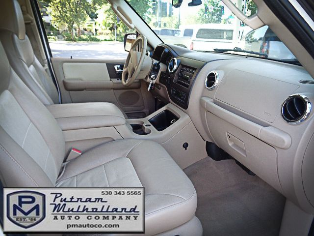 2005 Ford Expedition Eddie Bauer Chico, CA 13