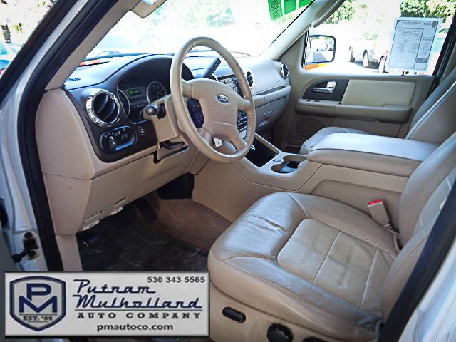 2005 Ford Expedition Eddie Bauer Chico, CA 8