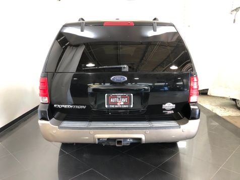 2005 Ford Expedition Eddie Bauer Edition *Affordable Financing*   The Auto Cave in Dallas, TX
