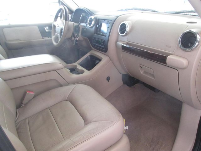 2005 Ford Expedition Limited Gardena, California 7