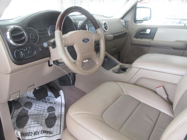 2005 Ford Expedition Limited Gardena, California 4