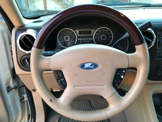 2005 Ford Expedition Limited Knoxville , Tennessee 16