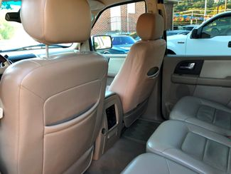2005 Ford Expedition Limited Knoxville , Tennessee 27