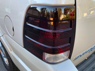 2005 Ford Expedition Limited Knoxville , Tennessee 35
