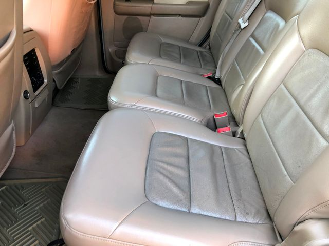 2005 Ford Expedition Limited Knoxville , Tennessee 26