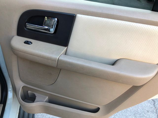 2005 Ford Expedition Limited Knoxville , Tennessee 46