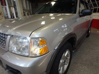 2005 Ford Explorer A+!~ SOLID WINTER BEAST XLT Sport Saint Louis Park, MN 24