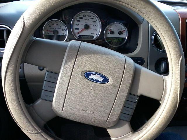 2005 Ford F-150 XLT LARIAT Boerne, Texas 16