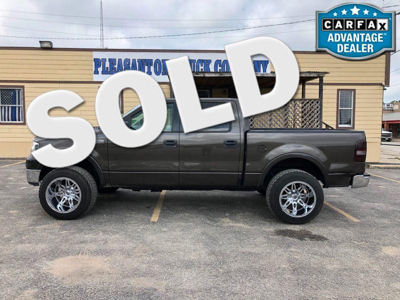 2005 Ford F-150 Lariat | Pleasanton, TX | Pleasanton Truck Company in Pleasanton TX