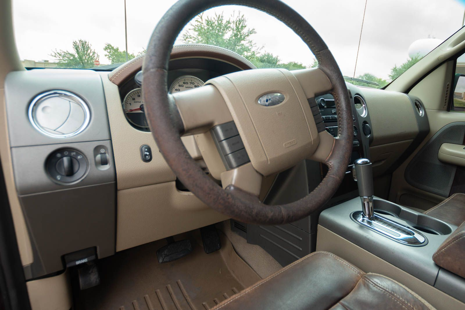 2005 f150 king ranch steering wheel