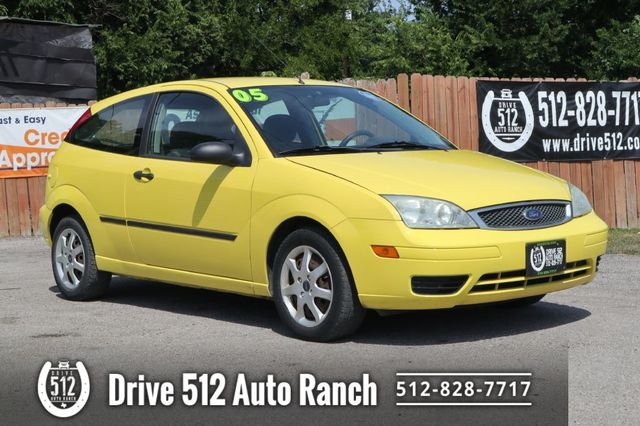 2005 Ford FOCUS ZX3 in Austin, TX 78745