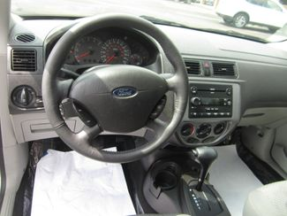 2005 Ford Focus SES Batesville, Mississippi 22