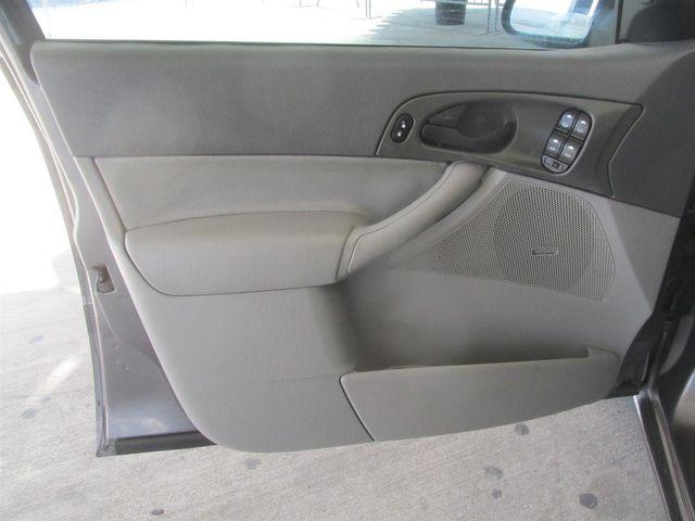 2005 Ford Focus SE Gardena, California 9