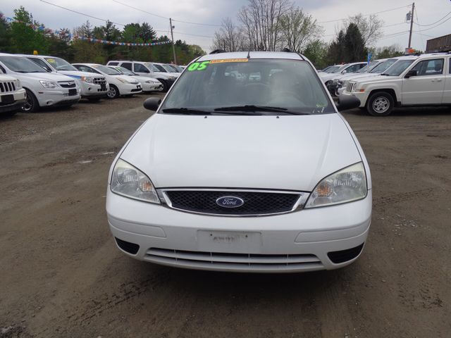 2005 Ford Focus SE Hoosick Falls, New York 1