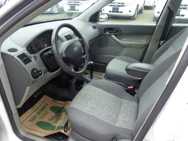 2005 Ford Focus SE Hoosick Falls, New York 5